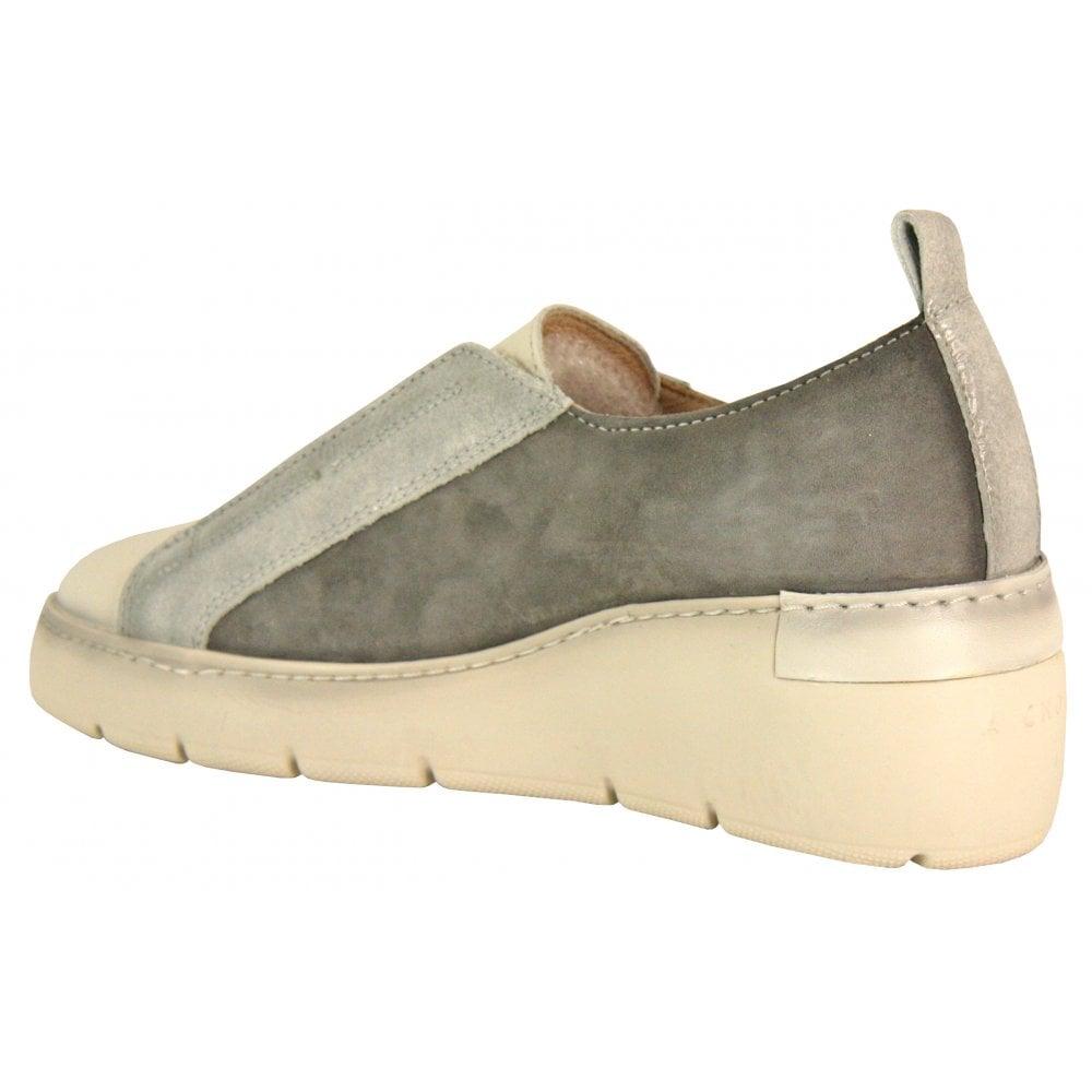 a6b8e4423dd7f Hispanitas Slip On Trainer - 99010 - Footwear from Something For Me UK