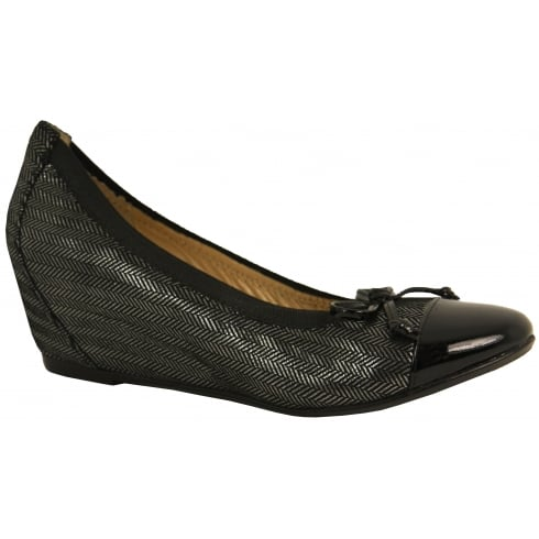 J B Martin Ladies Hidden Wedge Shoe 1Glorie